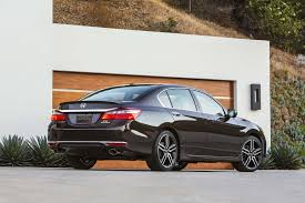honda accord reviews research new u0026 used models motor trend