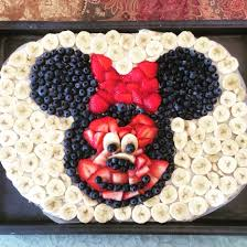 minnie mouse fruit pizza 2 pillsbury sugar cookie dough arrange