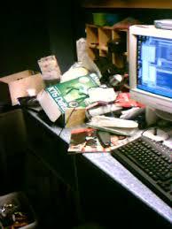 Messiest Desk Award Messy Desk Awards 2005 The Student Room