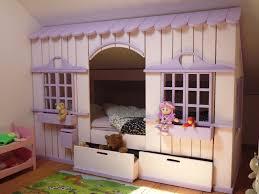 cabane fille chambre confortable lit cabane fille marvelous lit pour chambre mansardee 12