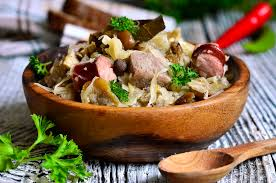cuisine polonaise traditionnelle plat bigos traditionnel de cuisine polonaise image stock image du