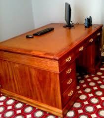 bureau en anglais bureau anglais xix eme en acajou 75 restauration meubles