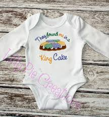 mardi gras baby clothes they found me in a king cake applique baby or toddler mardi gras shirt