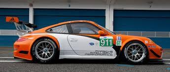 slammed porsche gt3 porsche 911 gt3 r hybrid 2 0 autoblog