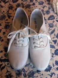 wedding shoes keds diy wedding shoes back bayou vintage