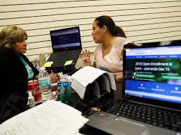 aca navigators are busy with sign ups despite federal cuts to