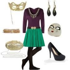 mardi gras attire for party purple dress gold and green accessories mardi gras