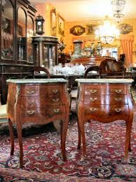 comodini in stile coppia di comodini stile luigi xv tre cassetti piano annunci roma