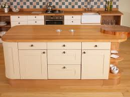 solid wood kitchen cabinets quedgeley gloucestershire oak kitchens showroom solid wood kitchen