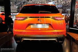 ds7 crossback shines in geneva it can have up to 225 hp