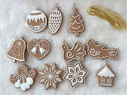 set of 11 gingerbread cookie tree ornamants decorations