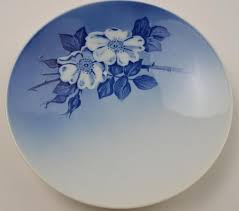 royal copenhagen design plate 8