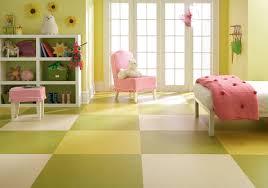 lino chambre bébé chambres d enfant et de bébé avec un sol en linoléum photos et