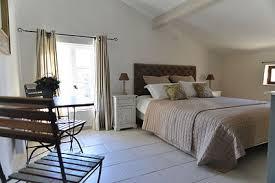 chambre d hotes alpilles chambres d hôtes en luberon le du grand pré les chambres