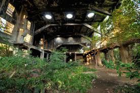 32 hauntingly beautiful photos of abandoned places u2013 adventure seeker