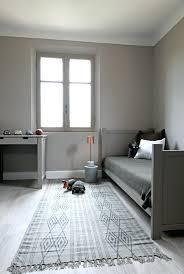 chambre taupe et gris peinture gris taupe couleur gris taupe bois massif et dueco