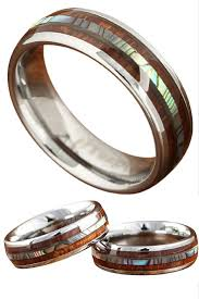 Beautiful Wedding Rings by Best 25 Wood Rings Ideas Only On Pinterest Cool Wedding Rings