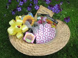 Garden Gift Ideas Gardening Gift Baskets Make A Garden Hat Into A Gift Basket For
