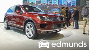 2017 volkswagen touareg review features rundown edmunds youtube