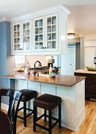 peninsula kitchen cabinets love the cabinets above peninsula