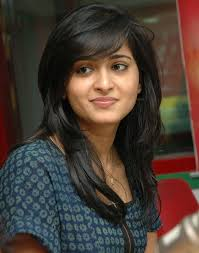 feathered haircuts for round faces haircut for medium hair indian women 2017