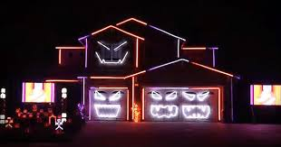 Halloween House Lights Epic Halloween Light Show Will Leave You In Awe Inspirational
