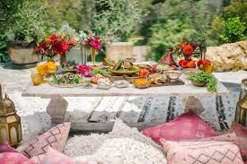 how to throw a moroccan themed picnic like a pro modern dame