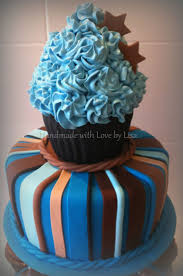 how to decorate a giant cupcake birthday cake sweets photos blog
