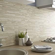 faience mural cuisine faience cuisine beige idées décoration intérieure farik us
