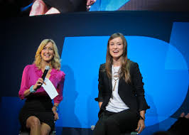 file olivia wilde and lara spencer at ces 2011 2 jpg wikimedia