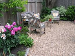 Pea Gravel Concrete Patio by Decor U0026 Tips Patio And Garden Landscape With Pea Gravel Also