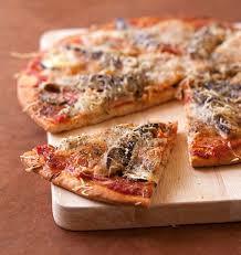 cuisiner les sardines pizza sardines tomates et mozzarella les meilleures recettes de