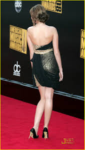 miley cyrus strapless party dress american music awards red carpet