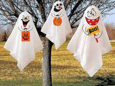 Last Minute Outdoor Halloween Decorations by