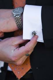 Halloween Wedding Gift Ideas 25 Best Groomsmen Cufflinks Ideas On Pinterest Groomsmen
