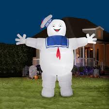 halloween yard inflatables gemmy airblown colossal 13 ft ghostbusters stay puft marshmallow