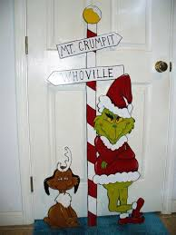 the grinch christmas decorations 15 grinch christmas decorations ideas you can t miss feed