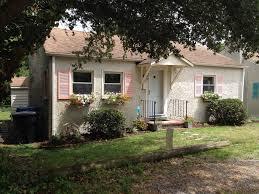 backyard cottage cozy u0027s beach cottage just steps homeaway chic u0027s beach
