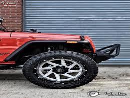 black chrome jeep jeep wrangler fuel renegade d263 wheels chrome center gloss black