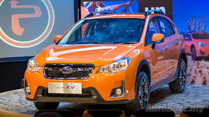 subaru crosstrek grill subaru xv facelift arrives in malaysia priced from rm121k to