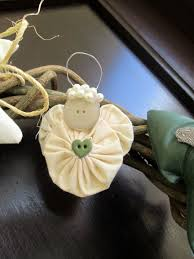 yoyo angel this would be a great christmas craft for kids