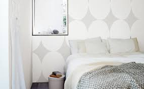 create subtle texture with white on grey interior and exterior