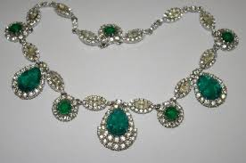 antique emerald necklace images Mama bear 39 s attic where treasures abound ciner 16 quot vintage jpg
