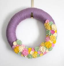 25 wreaths