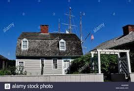 gambrel roof house mystic connecticut july 11 2015 18th century burrows house