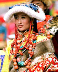 tibetan costumes and ornaments tibet pictures presscluboftibet org