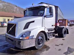 trucks for sale volvo used 2006 volvo vnm42t single axle day cab tractor for sale by arthur