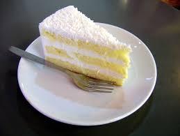 file a slice of coconut cake jpg wikimedia commons