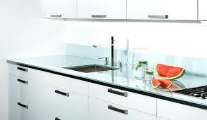 plaque en verre pour cuisine plan de travail cuisine en verre un plan de travail en verre