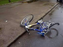 На велосипеде по автодорогам: как не попасть в ДТП